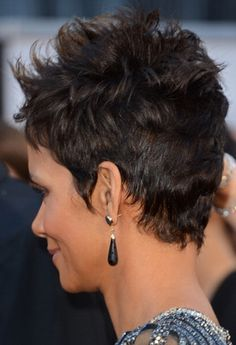 toddler hair styles 1000 ideas about halle berry haircut on halle 9030