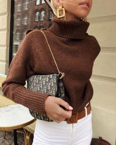 9 perfekte Pullover für den Herbst - Winter Outfits for Work - Mode İdeen Look Fashion, Skirt Fashion, Fashion Outfits, Fashion Trends, Womens Fashion, Fashion 2016, Ladies Fashion, Fashion Clothes, Fall Fashion