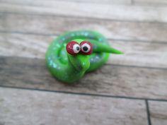 Miniature Lime Green Snake with Glitter - Fairy Garden Snake - Terrarium Snake