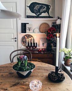 Så mycket #köksinspo i denna bild 👆 #familylivingfint hos @inasfina Teal Gray Bedroom, Teal Bedroom Decor, Home Interior, Interior And Exterior, Interior Decorating, Interior Design, Interior Colors, Scandinavian Home, Home Decor Accessories