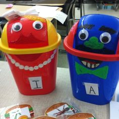 Use as a sorting activity for centers. Can use with any subject! Sight Word Activities, Letter Activities, Sorting Activities, Class Activities, Preschool Lessons, Literacy Stations, Literacy Centers, Sorting Kindergarten, Alphabet Games