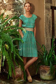 Love the color, pattern and shape. Maybe with a different or no belt.