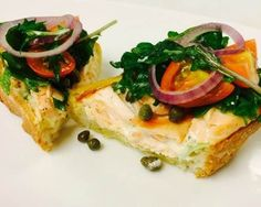 Summer Menu Idea: Wild smoked Alaska sockeye salmon on crusty bread with greens, tomato and red onion. Fast and terrific summer meal. Smoked Salmon Recipes, Sockeye Salmon, Recipe Using, Bruschetta, Summer Recipes, Gourmet Recipes, Alaska, Meals, Hot