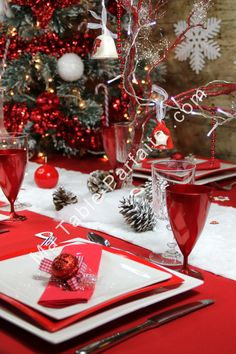No l rouge and d co on pinterest - Deco table noel rouge ...