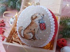 Dog Cross Stitch Pattern Dog with gift Christmas cross stitch Etsy Cross Stitch Christmas Ornaments, Christmas Embroidery, Xmas Ornaments, Christmas Cross, Christmas Tree, Quilt Stitching, Cross Stitching, Cross Stitch Embroidery, Cross Stitch Patterns