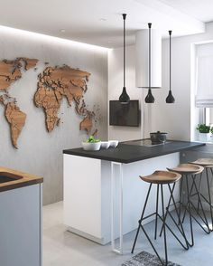moderne Küche mit Betonwand und Weltkarte aus Holz modern kitchen with concrete wall and world map made of wood Interior Design Kitchen, Modern Interior Design, Kitchen Decor, Modern Decor, Kitchen Ideas, Modern Wall, Bar Stools Kitchen, Kitchen Cook, Kitchen Artwork