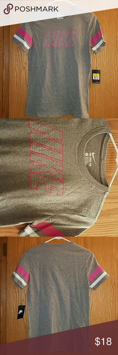 NWT Gray Nike Tee Brand new Nike athletic cut tee. Pink and white detail. Size small. Nike Tops Tees - Short Sleeve