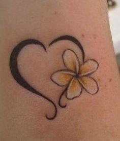 Tatuaggio Fiore di Frangipane simbolo di gioia e felicita - Lei Trendy