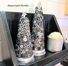 grubby button christmas tree project, christmas decorations, crafts, repurposing upcycling, seasonal holiday d cor, The trees have a tin sta...