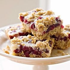 Cranberry-Oatmeal Bars by Cooking Light. These cranberry-oatmealbar cookies strike a nice flavor balance: not too sweet and not too tart. Be sure to zest the orange before you squeeze the juice. Check out the website to see Oatmeal Cranberry Bars Recipe, Cranberry Recipes, Cranberry Sauce, Cranberry Cookies, Cookie Recipes, Dessert Recipes, Oats Recipes, Dinner Recipes, Muffins