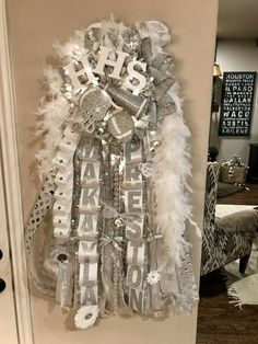 Extra large Senior silver and white mega mum with round bulb blinking lights Homecoming Mums Senior, Football Homecoming, Homecoming Garter, Homecoming Spirit Week, Homecoming Pictures, Senior Year, Prom, High School Crafts, Senior Overalls