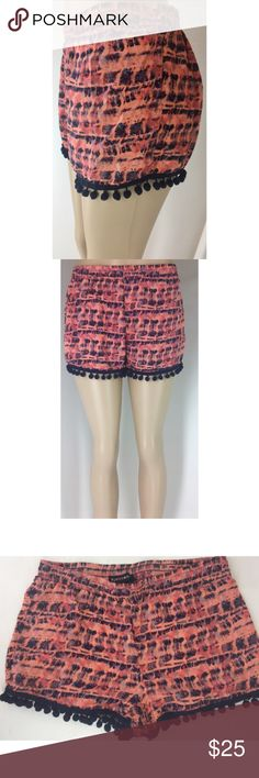 Boho Pom Pom shorts by Eye Candy, size M Eye Candy Pom Pom shorts, Medium with elastic stretch waist and, 100% rayon, super comfy & cute! Hand measurements are: Rise-10 in., Waist-29 in., Inseam-2 in. Excellent condition. eye candy Shorts