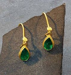 Bask+Emerald+Earrings+-+Enmeshed+in+the+Bali+culture,+Steven+achieves+his+diverse+collection+by+engaging+the+skills+of+local+smiths+using+metal,+fire,+and+stones++to+create+his+beautiful+and+expansive+line.