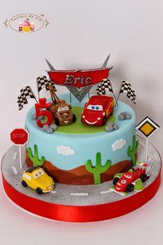 Tort cu masinutele Cars pentru Eric Disney Cars Cake, Disney Cars Birthday, Cars Birthday Parties, One Year Birthday Cake, Themed Birthday Cakes, Themed Cakes, Cars Cake Design, Cars Theme Cake, Rodjendanske Torte