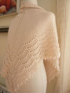 Pretty shawl.........just finished one so time to knit this one.