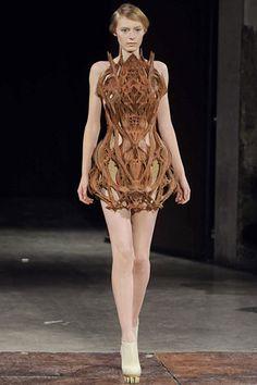Iris Van Herpen at Couture Spring 2012 - Runway Photos