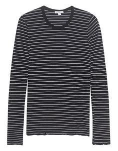 Baumwoll-Longsleeve Dieses schwarz-weiß gestreifte Longsleeve aus softer Baumwolle kommt im figurbetonten Schnitt mit Rundhalsausschnitt und leicht gekräuselten Säumen.  Das perfekte Basic für die verschiedensten Looks!