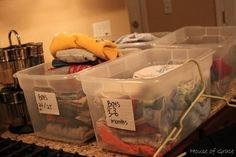How to prepare for a garage sale (with prices and pictures!) Glad you pinned this one KB! - All For Garden Garage Sale Organization, Garage Sale Tips, Organizing, Diy Garage, Rummage Sale, Craft Sale, Getting Organized, Cleaning Hacks, Thrifting