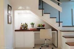 15-ideias-para-voce-aproveitar-o-cantinho-debaixo-da-escada-por-profissionais-do-casapro