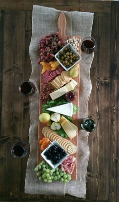 By Red Maple Run- Extra Large Serving Platter- Cheese Board- Appetizer Board. Engraving available.