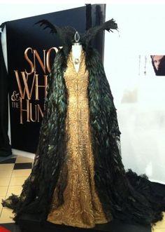 """Snow White"" Evil Queen's Crow cape"