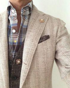 Fantastic blazer by Formal Casual Outfits, Suit Fashion, Mens Fashion, Blazers, Mens Fall, Gentleman Style, Stylish Men, Look Cool, Urban Fashion