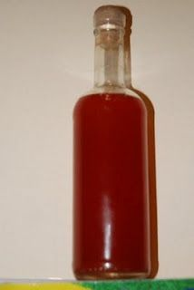 Φτιάχνω Σπαθόλαδο Hot Sauce Bottles, Carving, Homemade, Health, Box, Snare Drum, Health Care, Wood Carvings, Sculpting