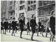 Vintage Aer Lingus air hostess training school. AirPortr