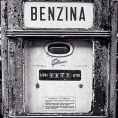#benzin #monochrome #mono #biancoenero #blackandwhite #blackandwhitephotography #bnw #italy
