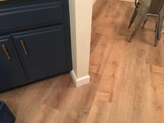 Provide a fresh and exclusive look to any room in your home with the addition of this affordable LifeProof Fresh Oak Luxury Vinyl Plank Flooring. Luxury Vinyl Plank Flooring, Kitchen Remodel Small, Oak, Living Room Flooring, Floor Colors, Kitchen Remodel, Kitchen Remodeling Projects, Lifeproof Vinyl Flooring, Luxury Vinyl Plank