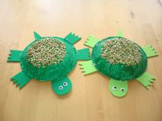 Turtle craft with beans---need to use up those beans in my cupboard anyway.