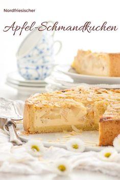 Leckerer Apfel-Schmand-Kuchen - Rezept von herzelieb. Der ist so lecker, dass er auf keiner Feier und keinem Fest fehlen darf! Schön für die Kategorie Kuchen Rezepte. #backen #kuchen #backen #rezept #deutsch