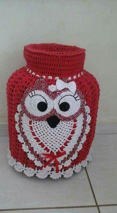 Kitchen Bags Holder Pig pattern by Yana Muradian Crochet Kitchen, Crochet Home, Free Crochet, Knit Crochet, Crochet Applique Patterns Free, Owl Patterns, Crochet Videos, Crochet Doilies, Crochet Projects