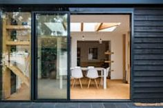 Maisons de style de style Moderne par Thomas & Spiers Architects