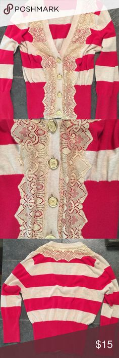Meringue cropped cardigan size M Cute cropped cardigan red and tan striped with gold lace. Size M but could fit a size S. Meringue Sweaters Cardigans
