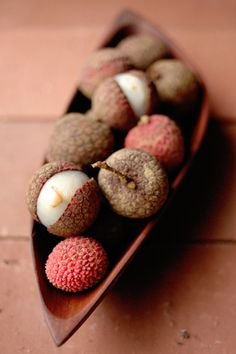 LYCHEES!!!!!!!!!!!!!!!!!!