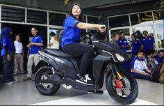 Sambutlah, Motor Listrik Gesits Buatan Indonesia | Motor Ganteng