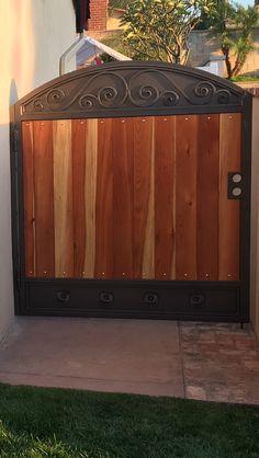 Iron and wood gate Steel Gate Design, Iron Gate Design, House Gate Design, Metal Gates, Wooden Gates, Wrought Iron Gates, Building A Gate, Backyard Gates, Iron Garden Gates
