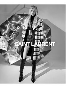 """SAINT LAURENT on Instagram: """"GRACE - FALL 20 #YSL33 by ANTHONY VACCARELLO PHOTOGRAPHED by JUERGEN TELLER #YSL #SaintLaurent #YvesSaintLaurent @anthonyvaccarello"""" Ad Fashion, Fashion Line, Fashion 2017, Fashion Brand, Fashion Models, Ladies Fashion, Juergen Teller, Anthony Vaccarello, Ysl"""