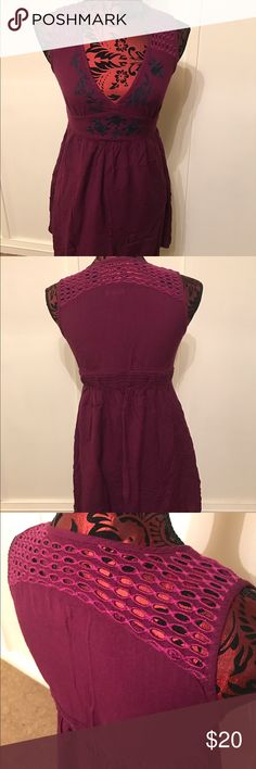 """Anthropologie Ecote Long Tunic Tank Size Small Ecote by Anthropologie Long Tunic tank top in a size small. Nice embroidery work on Blouse. Eyelet lace at shoulders and around the back. Elastic fitted waist. Great statement piece. Length 27"""", width 14"""" Ecote Tops Blouses"""