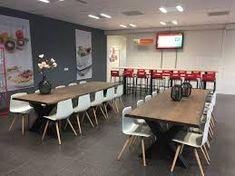 kleuren voor kantine - Google zoeken Conference Room, Table, Furniture, Google, Home Decor, Meeting Rooms, Interior Design, Home Interior Design, Desk