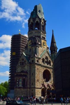 Kaiser Wilhelm Memorial Church (kaiser wilhelm gedächtniskirche), 1890, Berlin, Germany.