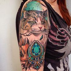 Retrato /portrait En @blessedtattoozgz con @nicktatmachines @vegantattoo @sabretattoosupplies #cat #catlover #zaragozatattoo #zaragoza #neotrad #neotradi #neotradsub #neotraditionaltattoo #neotraditional #ink #barcelonatattoo #inkedup #inkedmag #inkedgirls #inkedlife #tattoocollector #tattoocommunity #tattoogirl #shio #shio1red #inkedanimals