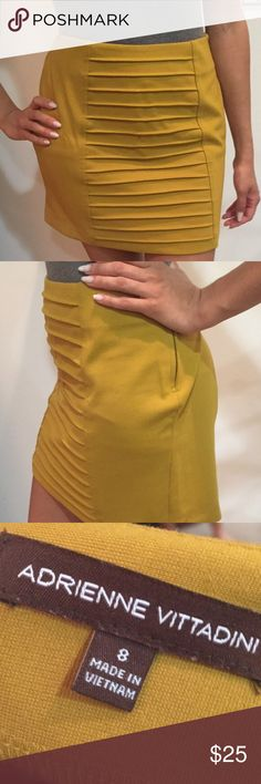 ⚡️2 HOUR SALE⚡️Size 8 Adrienne Vittadini Skirt This skirt is like new and the perfect color with cute detailing in front. Super comfortable! Adrienne Vittadini Skirts Mini