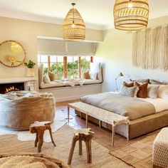 Nomad Studio is made for the minimalist, with emphasis on comfort and quality. La Bella Vita Studios is a mere stone's throw away from the historic towns of Paarl and Franschhoek. Luxury Accommodation, Beautiful Lights, Beautiful Bedrooms, Cozy House, House Design, Studios, Inspiration, Furniture, Delicate