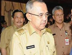 Plt Gubri Suruh Ajudannya Cek Pejabat Mangkir Jam Kerja