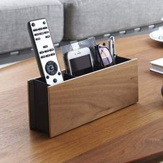 Yamazaki USA Multimedia Remote Control Holder Finish: B Remote Caddy, Remote Control Holder, Diy Wood Projects, Home Projects, Woodworking Projects, Ideas Para Organizar, Wooden Diy, Multimedia, Just In Case