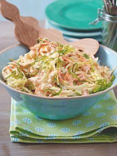 Our popular American coleslaw recipe. # coleslaw recipes recipe Our popular American coleslaw recipe. Creamy Coleslaw, Vegan Coleslaw, Kfc Coleslaw, Vegan Mac And Cheese, Feta, Jackfruit Burger, Coleslaw Sandwich, Vegan Zucchini, Grilling Recipes