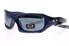Oakley Lifestyle Sunglasses Black Frame Gray Lens 0676 | Shades/Sunglasses  | Pinterest | Oakley, Lens and Cheap sunglasses