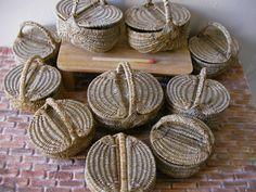 OMG, miniature baskets